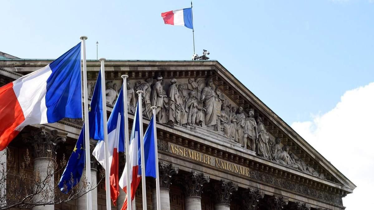 Парламент Франции одобрил закон против исламистского сепаратизма