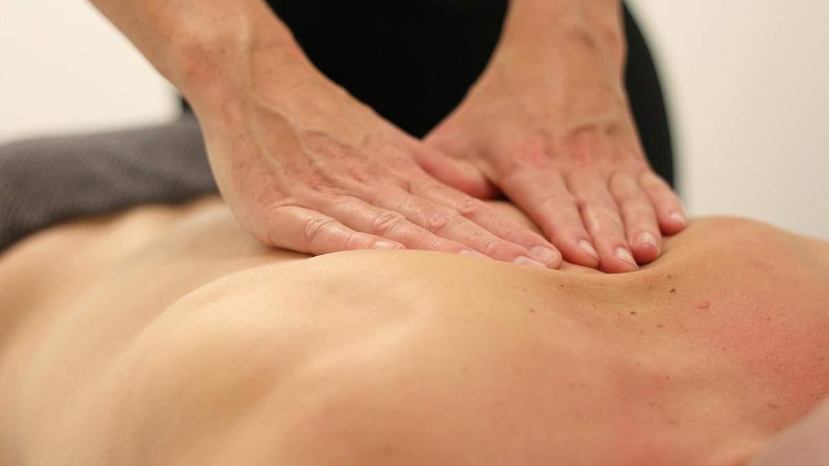 У Чернігові жінка померла після сеансу масажу: деталі