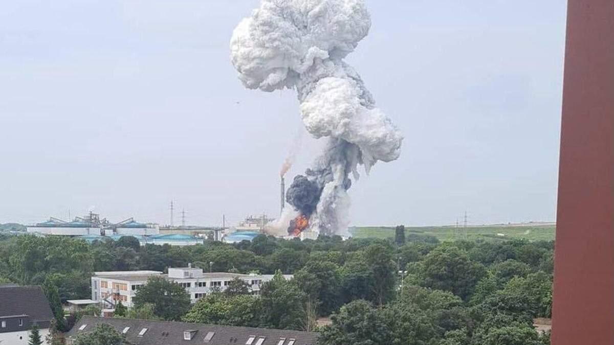 Взрыв в Германии на заводе Bayer 27 июля 2021: видео, фото