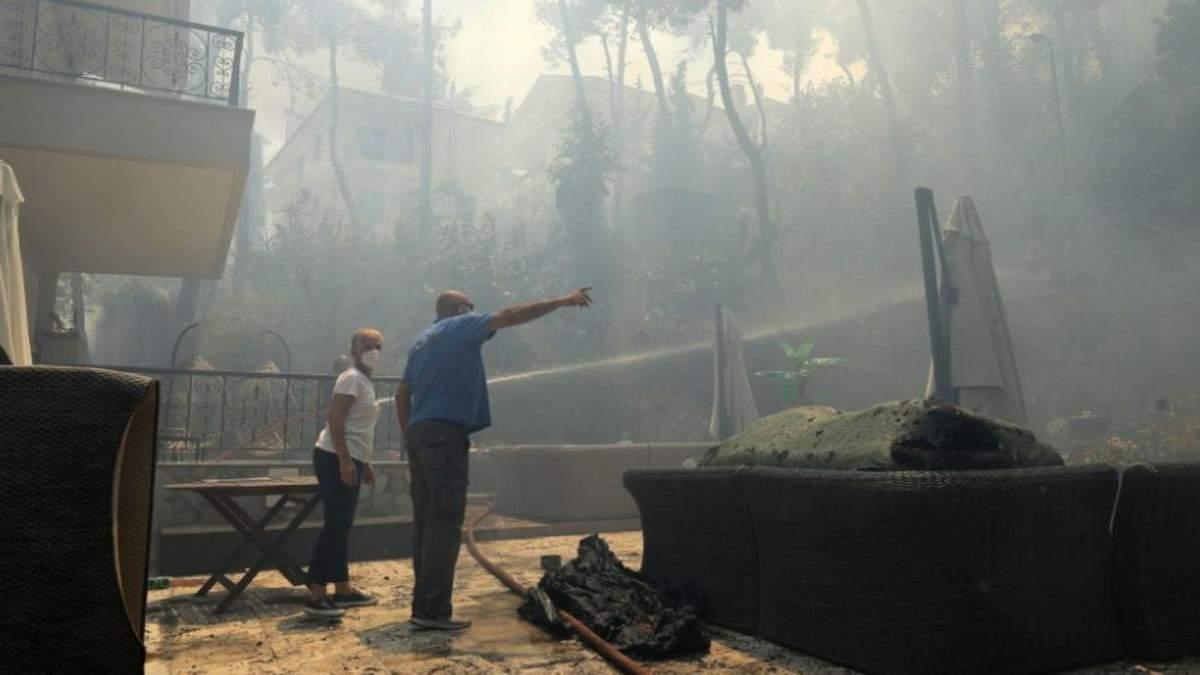 Вогонь рухається до Афін: У Греції спалахнули лісові пожежі