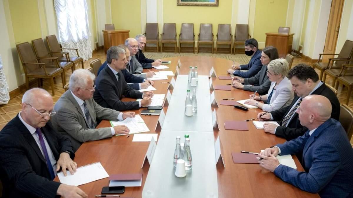 Які документи підпишуть Зеленський і Байден під час зустрічі