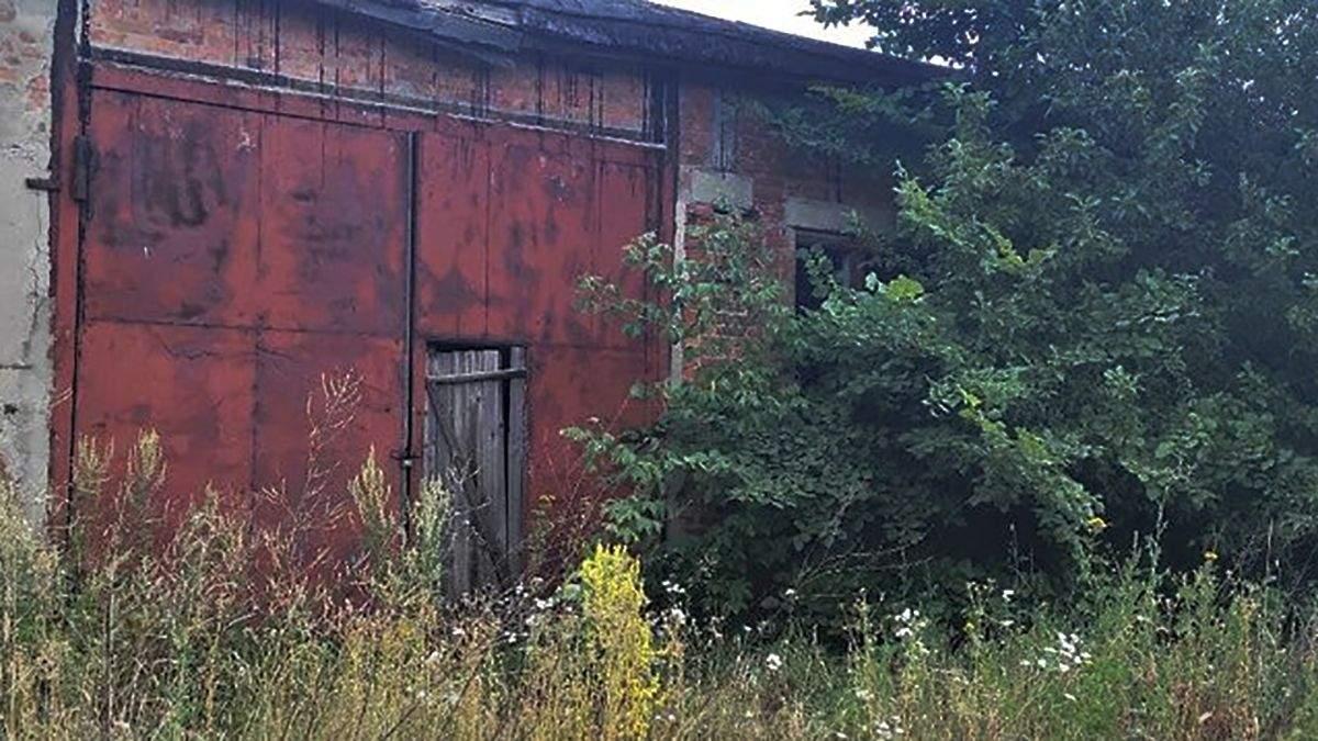 Фото с места, где убили 6-летнюю Мирославу Третьяк в Старом Салтове
