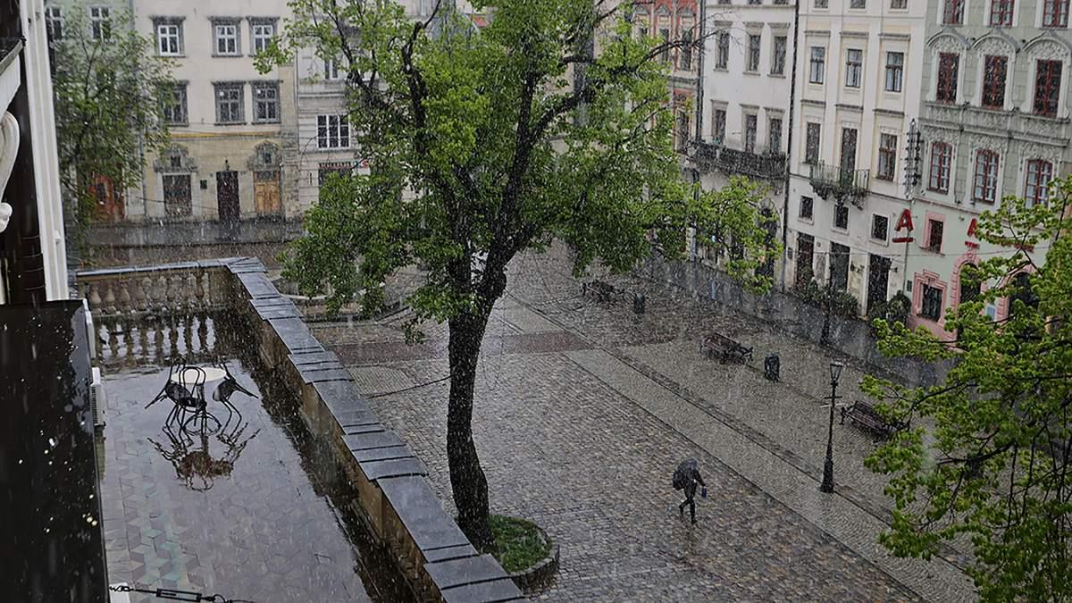 Зливи та спека з 30 липня по 1 серпня на Львівщині
