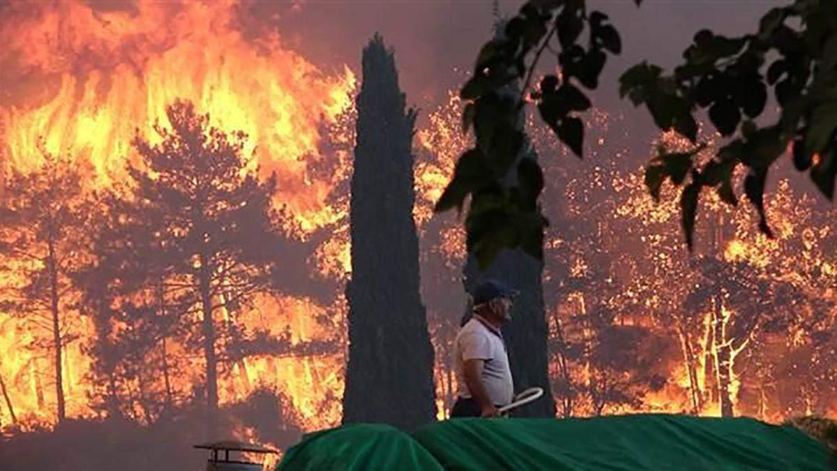 Турагенти запевняють туристів, що наслідки від пожеж відчутно у селах