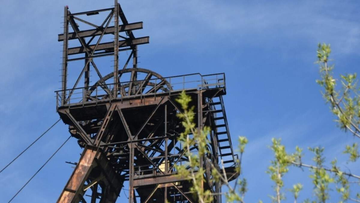 Потерпілі від вибуху на Донеччині шахтарі перебувають у важкому стані