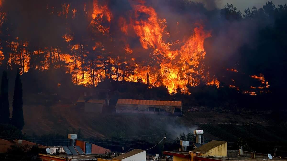 Пожежі у Туреччині 31 липня 2021: кількість жертв знову зросла