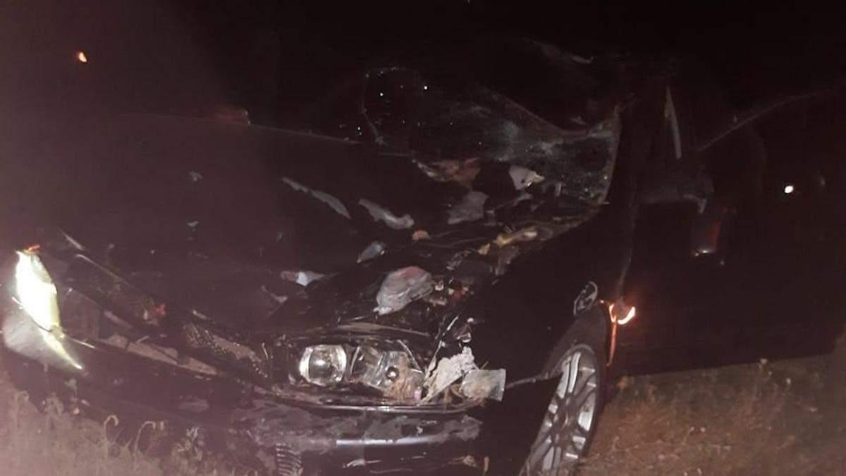 Під Одесою водій на смерть збив двох людей на велосипеді