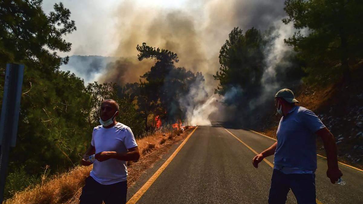 Страшные пожары в Турции: видео и фото, какая ситуация 2 августа 2021