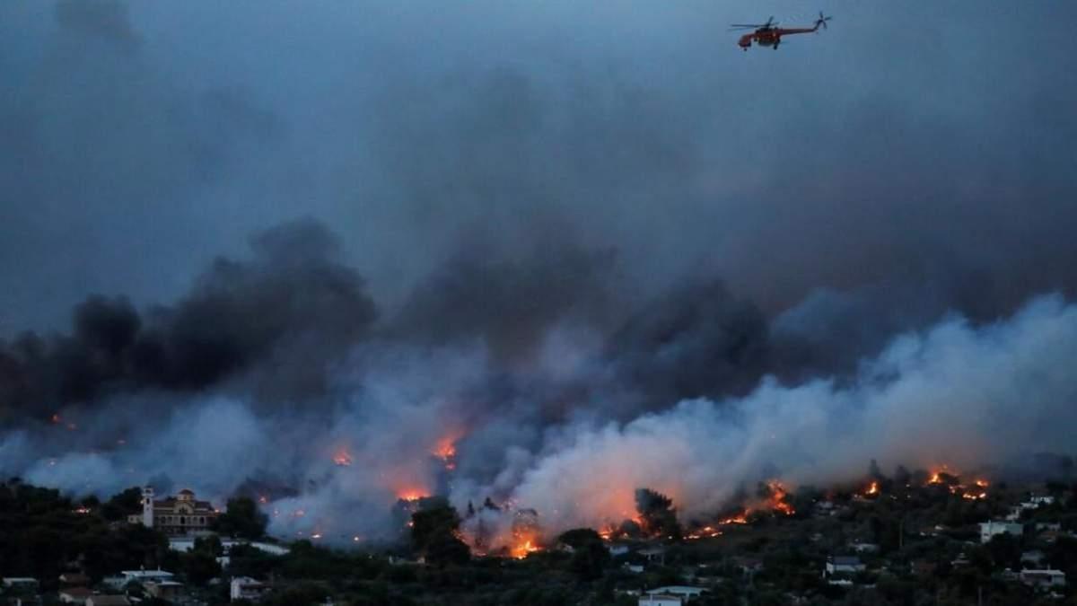В охопленій вогнем Греції зафіксували температурний рекорд 03.08.2021