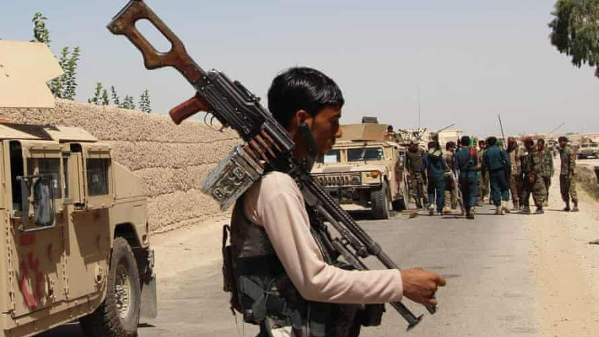 В Афганістані тривають запеклі бої за Лашкаргах: десятки жертв