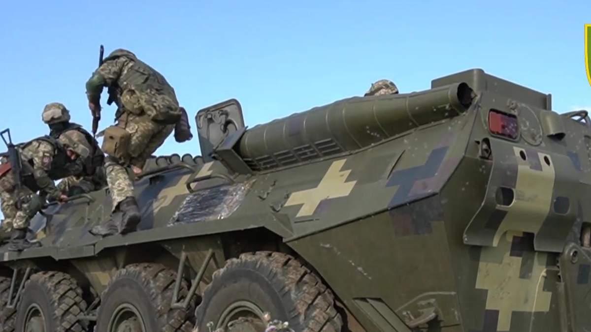 Резервісти тренувалися знищувати ворога на адмінмежі з  Кримом: відео