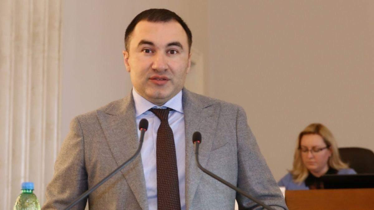 Не говорит о вине, - Товмасян прокомментировал подозрение о взятке