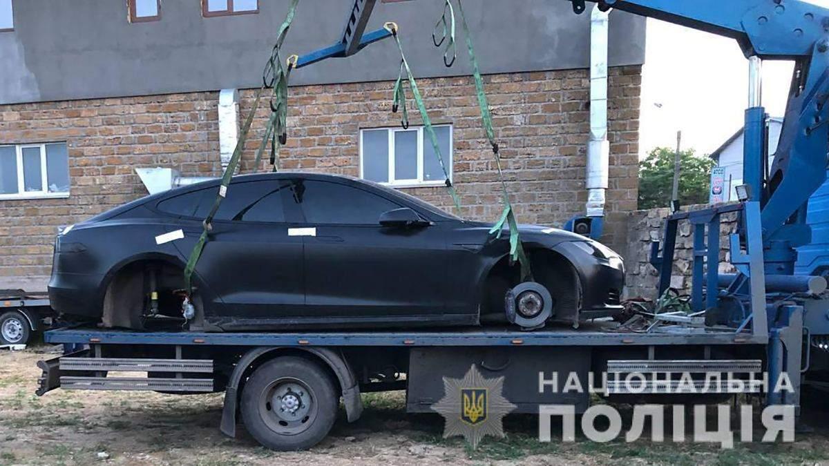 Присвоил Tesla товарища: задержали пыд Одесса - фото