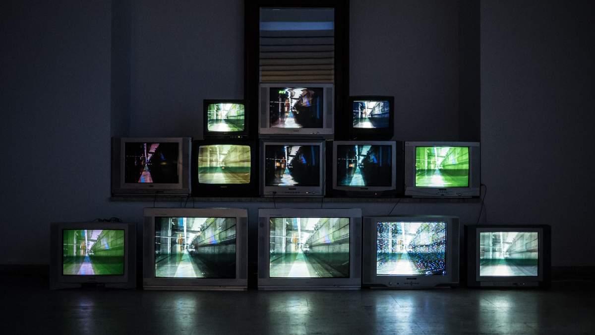 Наказание пока не существует: телеканалы нарушают закон о языке