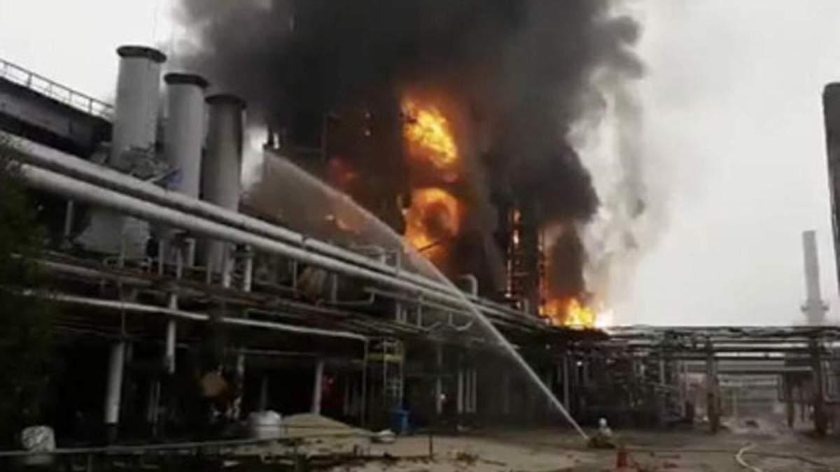 Взрыв на заводе Газпрома: добычу газа в Западной Сибири остановили