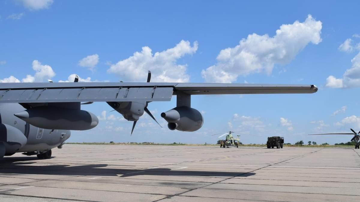 Літаки та військові США прибули в Україну для участі у навчаннях