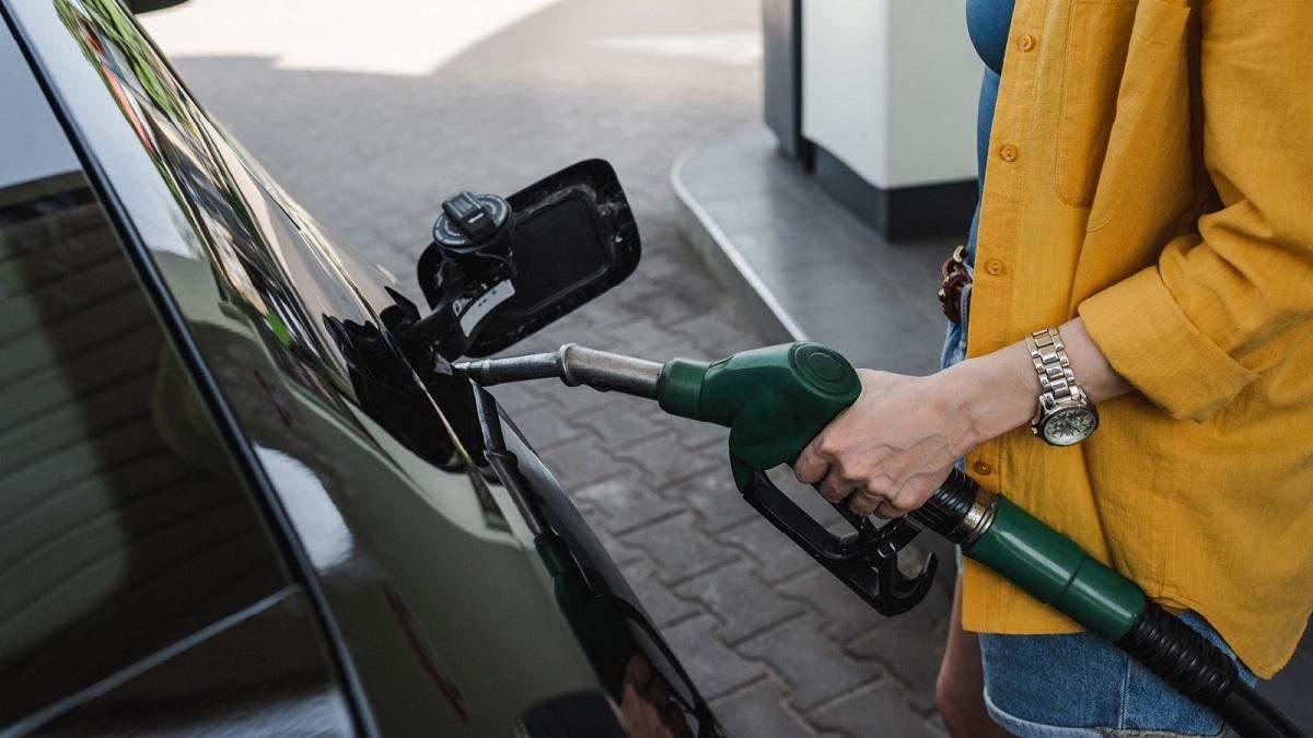 Як захистити авто від шкідливого пального: покрокова інструкція - Україна новини - 24 Канал