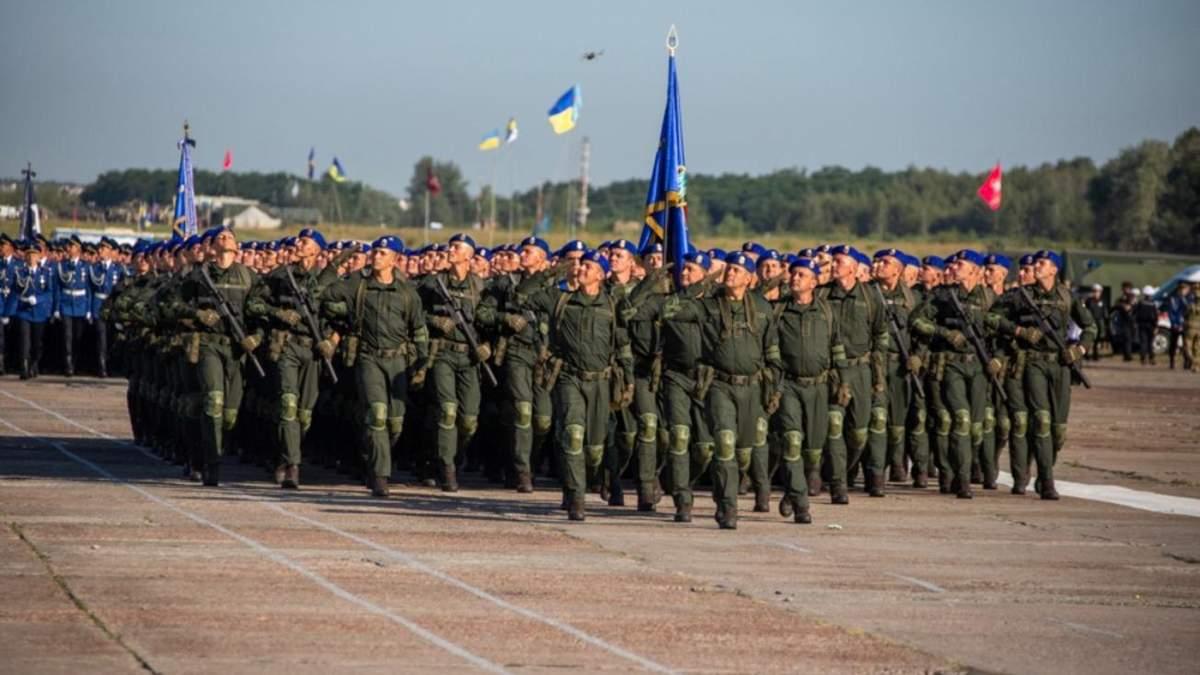 День Незалежності 2021: скільки військових та техніки буде на параді