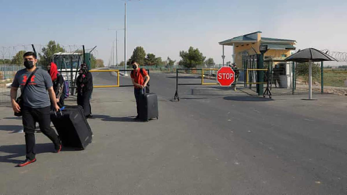 Україна почала евакуювати своїх громадян із Афганістану