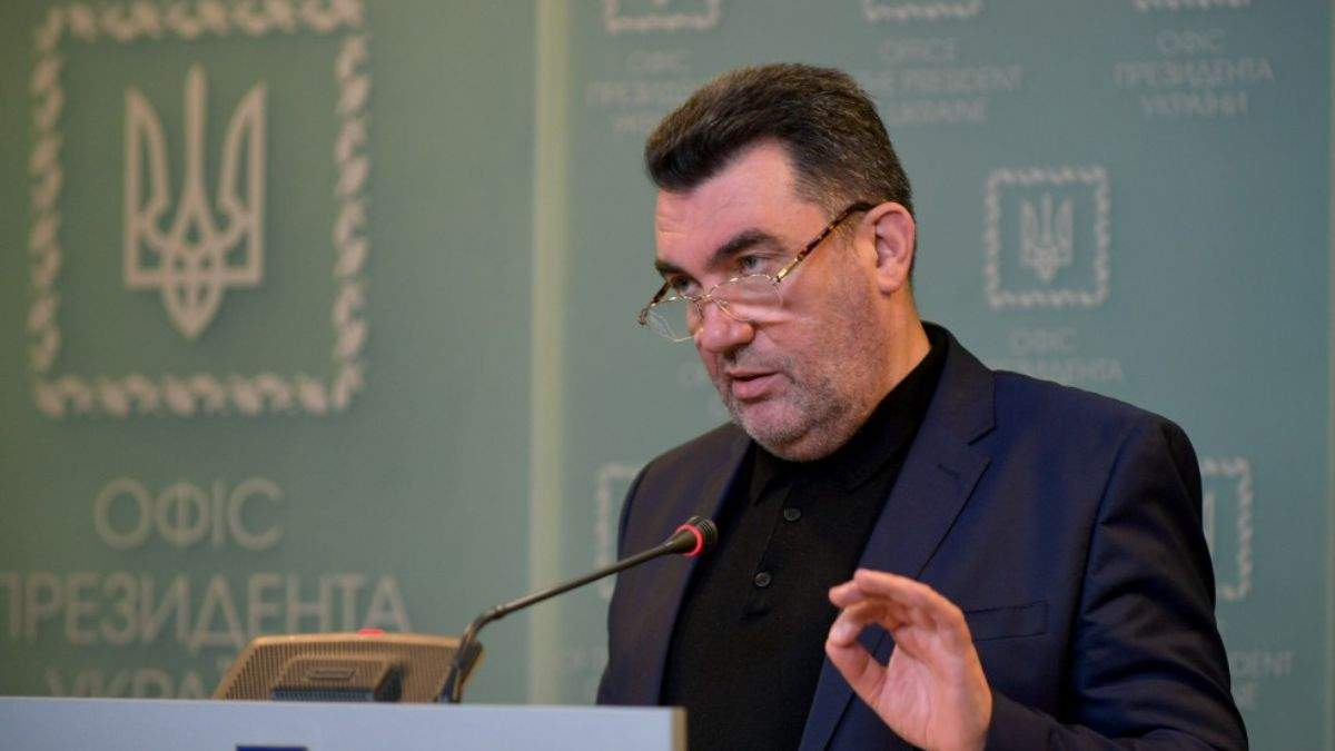 Украина отправляет самолет в Афганистан для эвакуации людей, – Данилов
