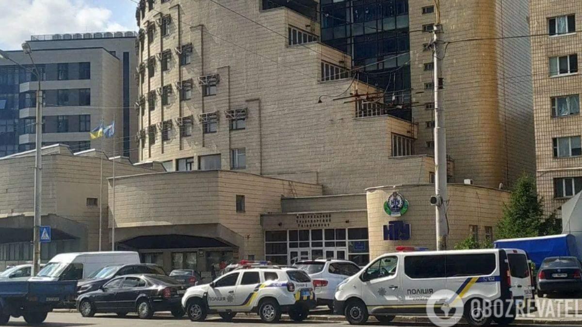 В Киеве в общежитии университета застрелился полицейский, – СМИ