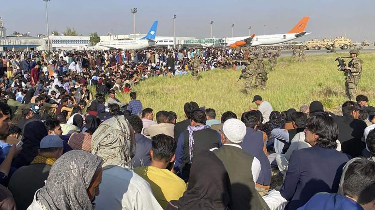 Після захоплення влади талібами: Штати заявили, що евакуювали 17 тисяч людей з Афганістану - 24 Канал