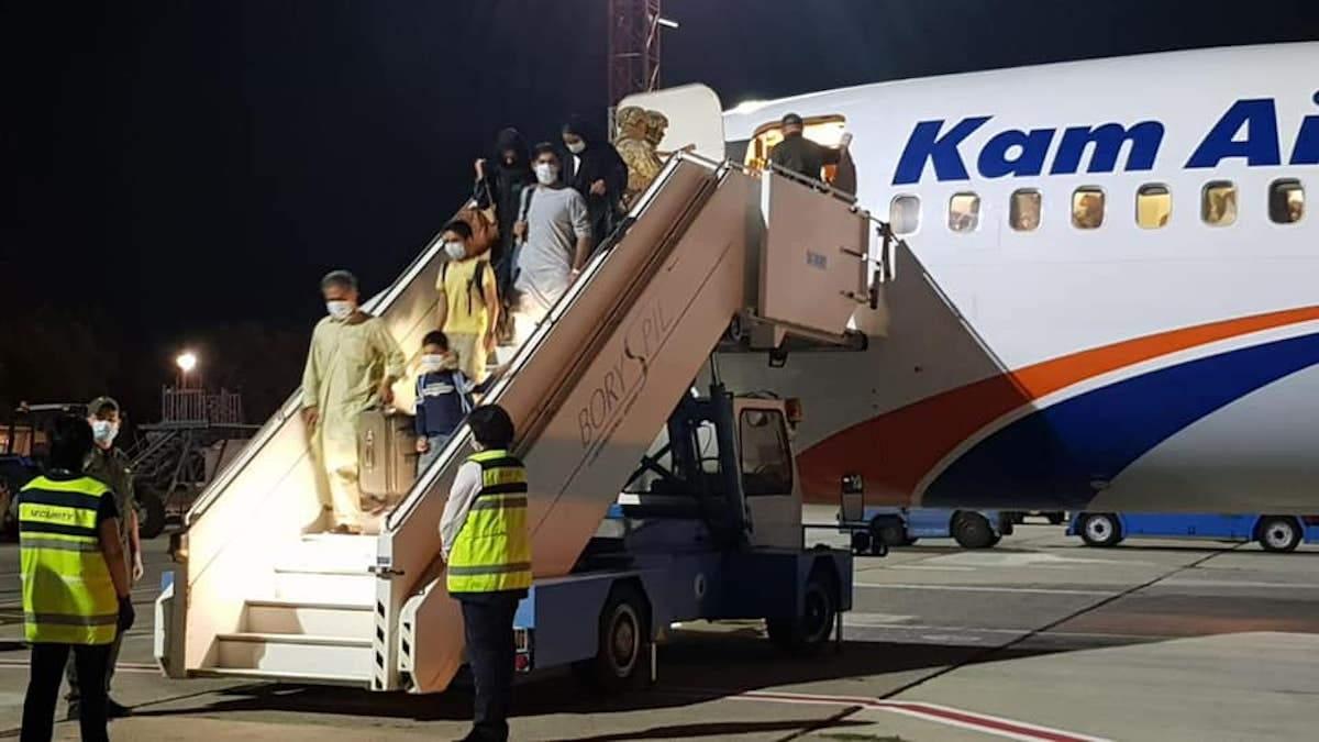 """""""У нас фактически украли самолет"""": в МИД рассказали шокирующие подробности эвакуации из Кабула - Горячие новости - 24 Канал"""