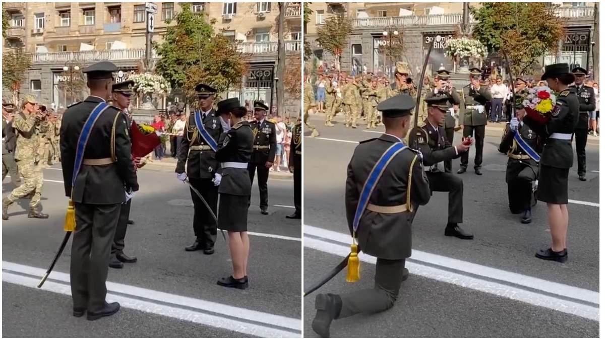 Військовий освідчився коханій-колезі під час репетиції параду на Хрещатику: зворушливе відео - Україна новини - 24 Канал