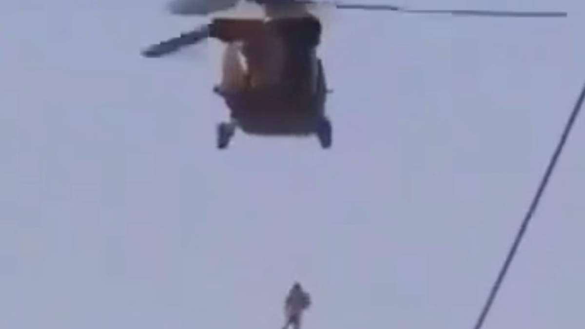 В Афганистане к вертолету США привязали американского переводчика: ужасное видео