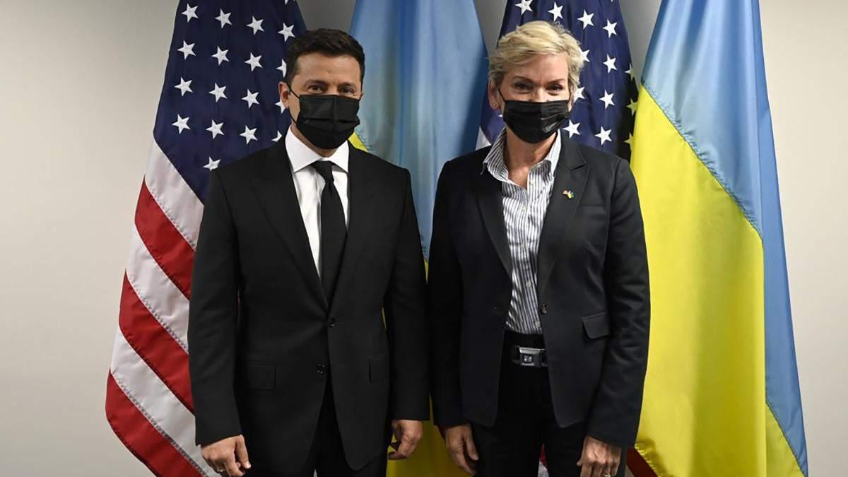 Зеленский хочет начать газовые консультации в треугольнике Украина – США – Германия