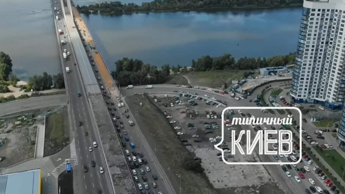 6 километров в час: ужасную киевскую пробку сняли с беспилотника