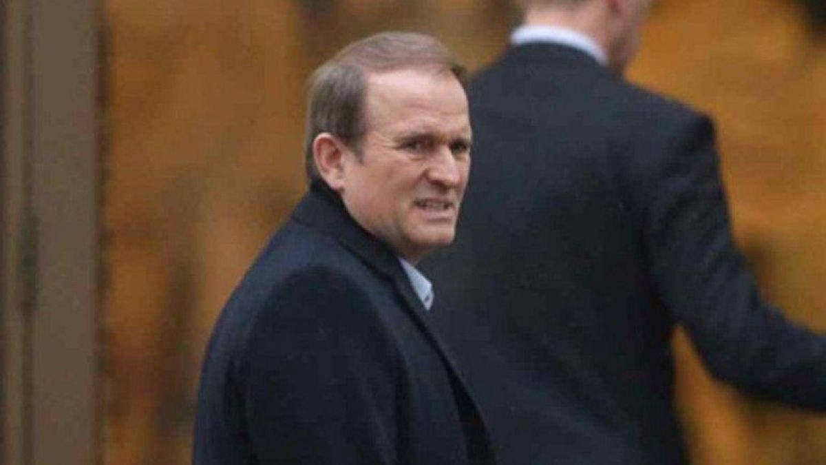Суд продлил домашний арест Медведчуку еще на 2 месяца