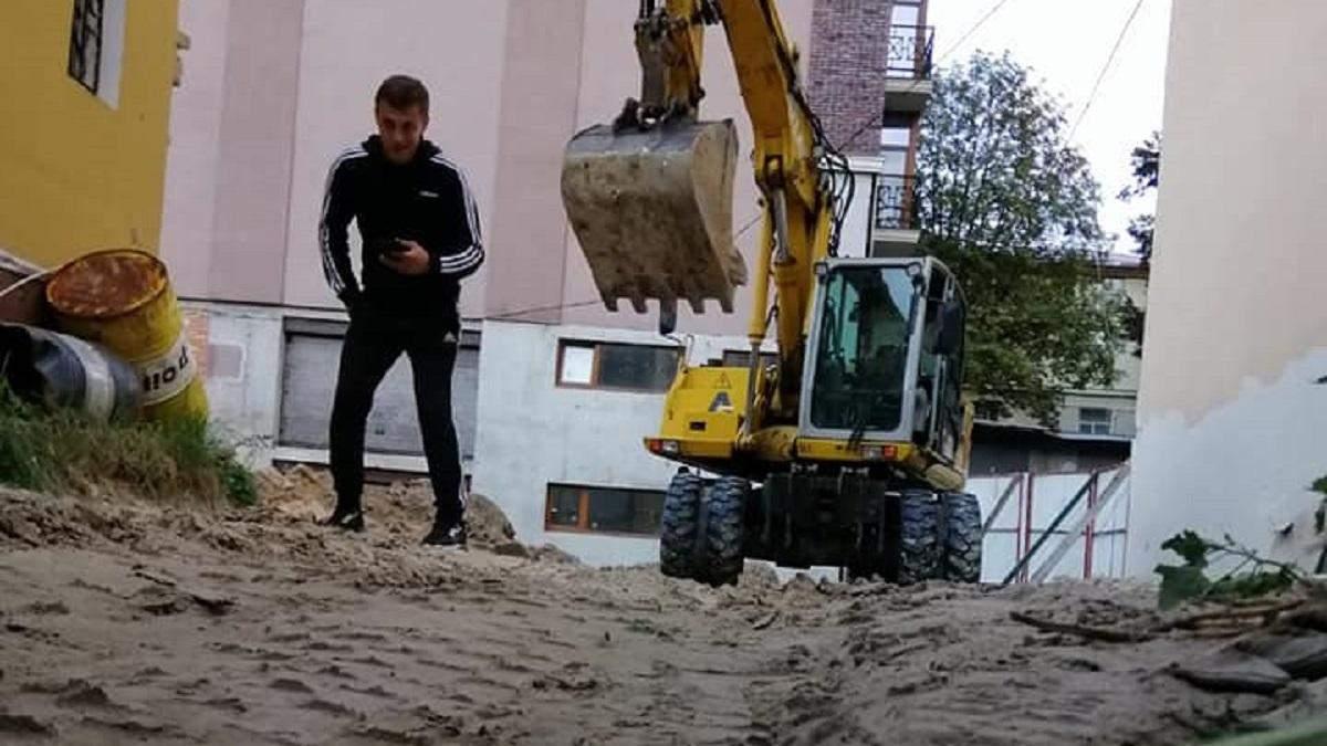 Попри мораторій: Мінкульт заявив про загрозу для чергової історичної будівлі Києва - Київ