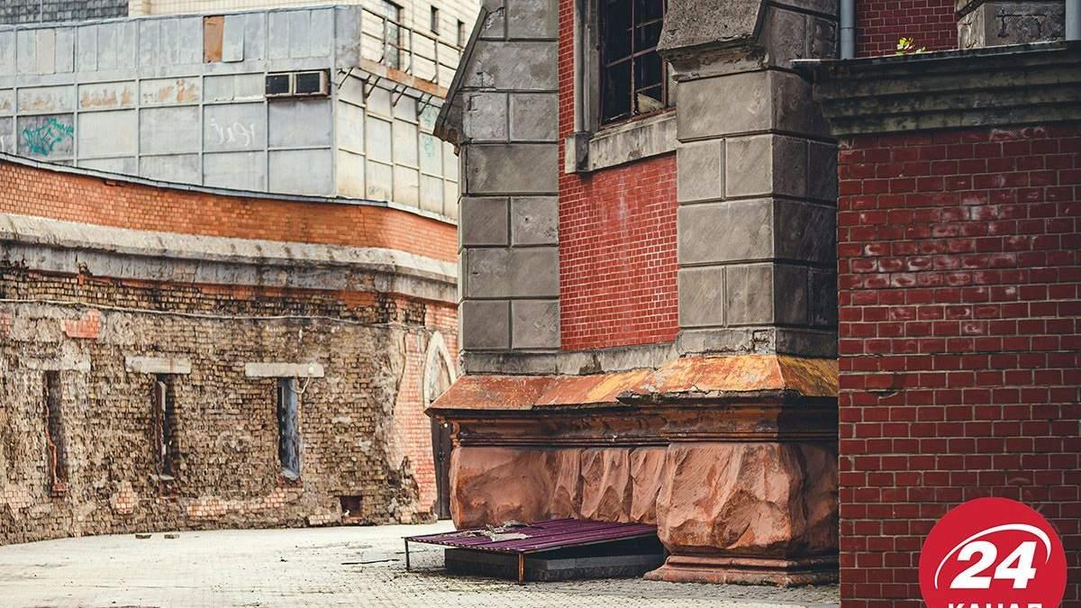 Это не сарай восстанавливать, – Ткаченко сказал, сколько времени займет ремонт костела в Киеве