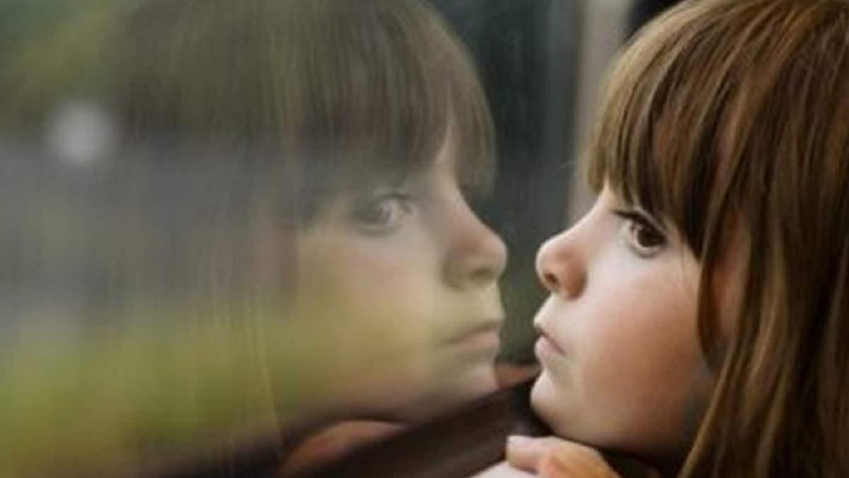 Приблизно 10 тисяч дітей в Україні щороку стають сиротами - Україна новини - 24 Канал