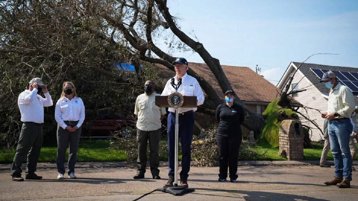 У нас більше немає часу, – Байден відвідав постраждалі від урагану Іда регіони - 24 Канал