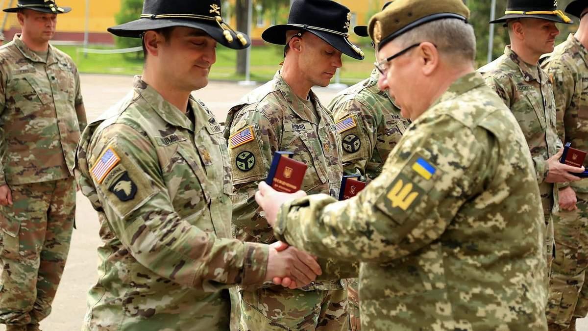 Партнер з обмеженнями: в чому суть статусу основного союзника поза НАТО для України