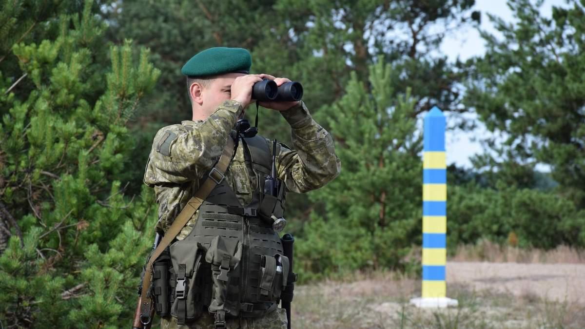 Из-за учений с Россией: Украина усилила контроль за границей с Беларусью