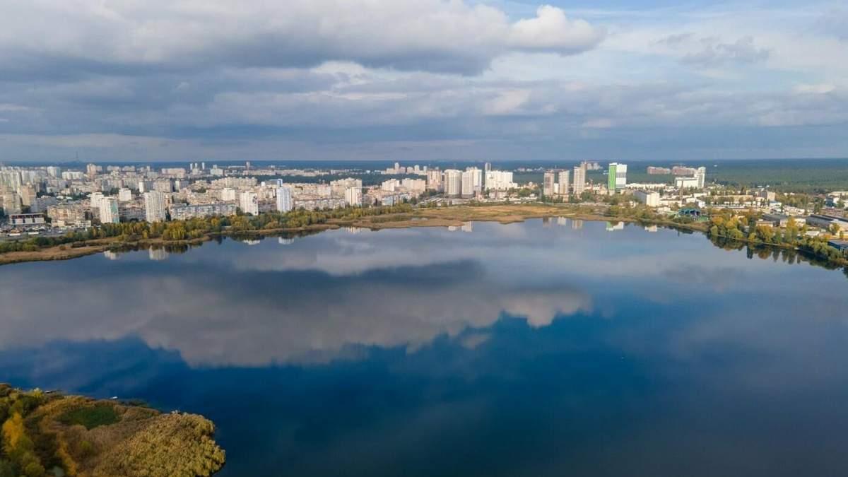 Жителі проти: Хомутиннік хоче побудувати ТРЦ біля озера в Києві - Новини Києва - Київ