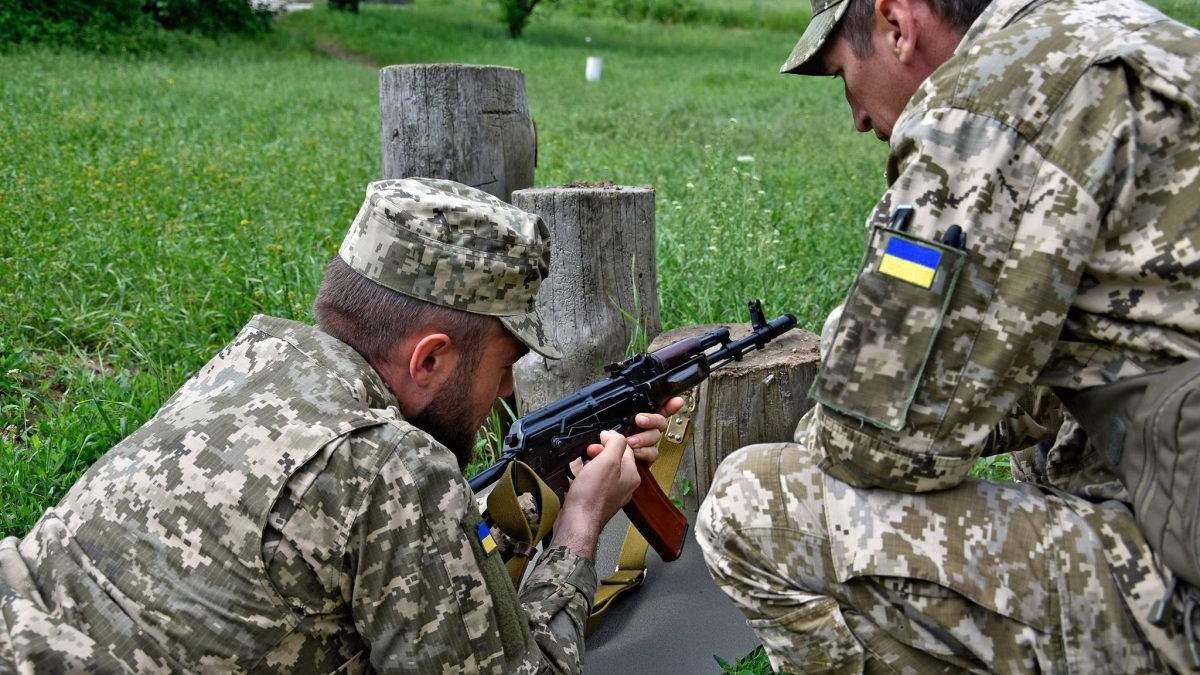 """Робив непристойні натяки: харківський офіцер """"провчив"""" свого сусіда - 24 Канал"""