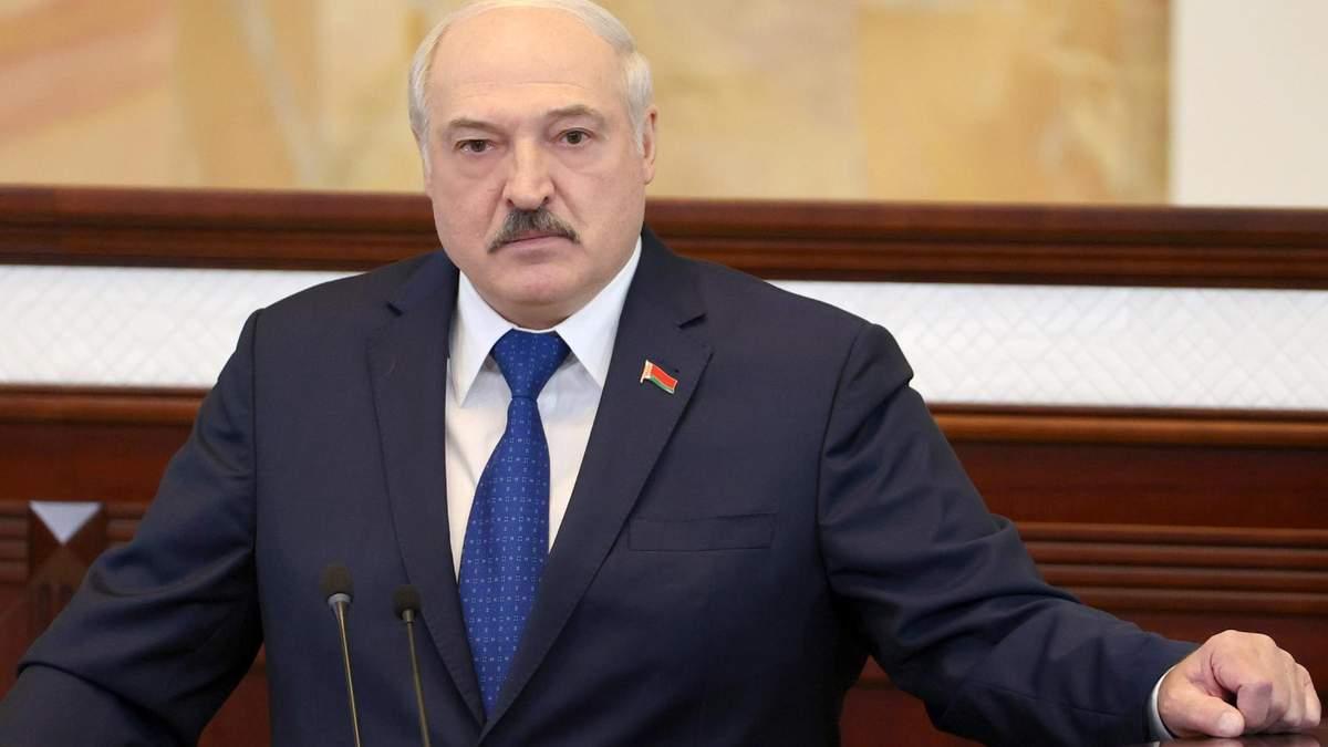 Лукашенко помилував 13 людей: правозахисники назвали їхні імена - 24 Канал