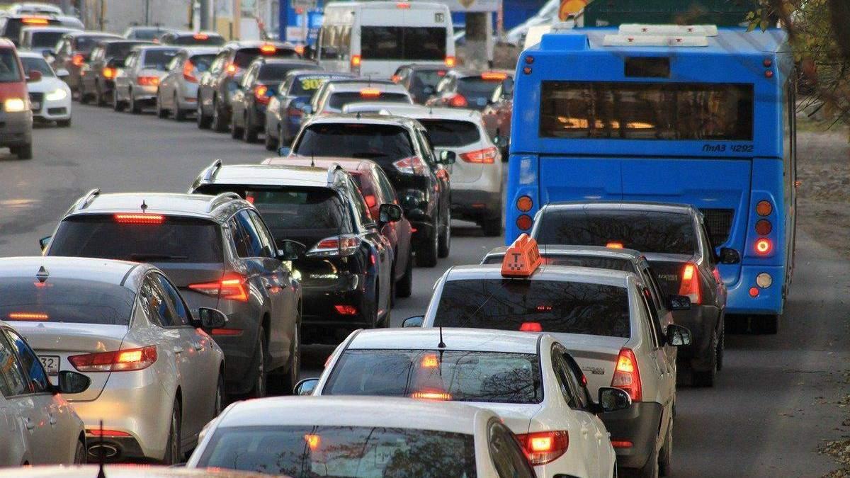 У Києві 17 вересня утворились сильні затори: список вулиць - Новини Київ - Київ