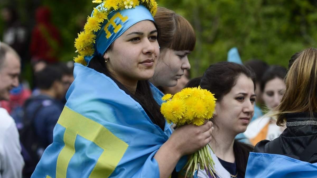 В правительстве поддержали перевод алфавита крымскотатарского языка на латиницу