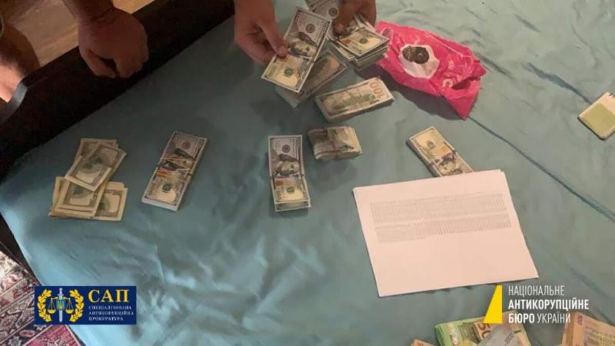Суддя просив 120 тисяч гривень хабаря