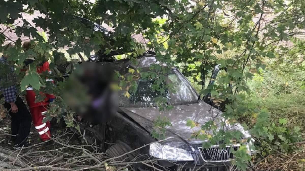 Пассажирка оказалась в багажнике: на Киевщине в ужасном ДТП погибли 3 человека