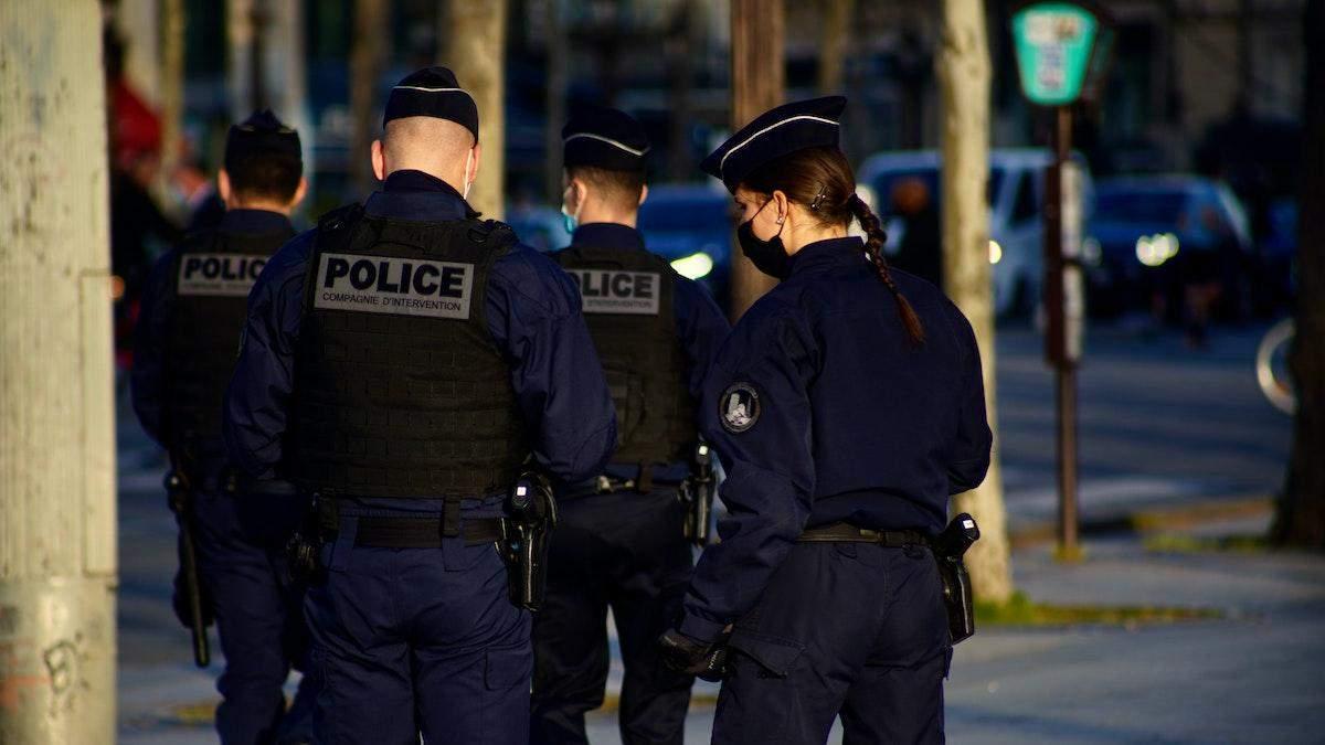 Росіянин вчинив стрілянину в центрі Парижа, його затримали, – ЗМІ - Росія новини - 24 Канал