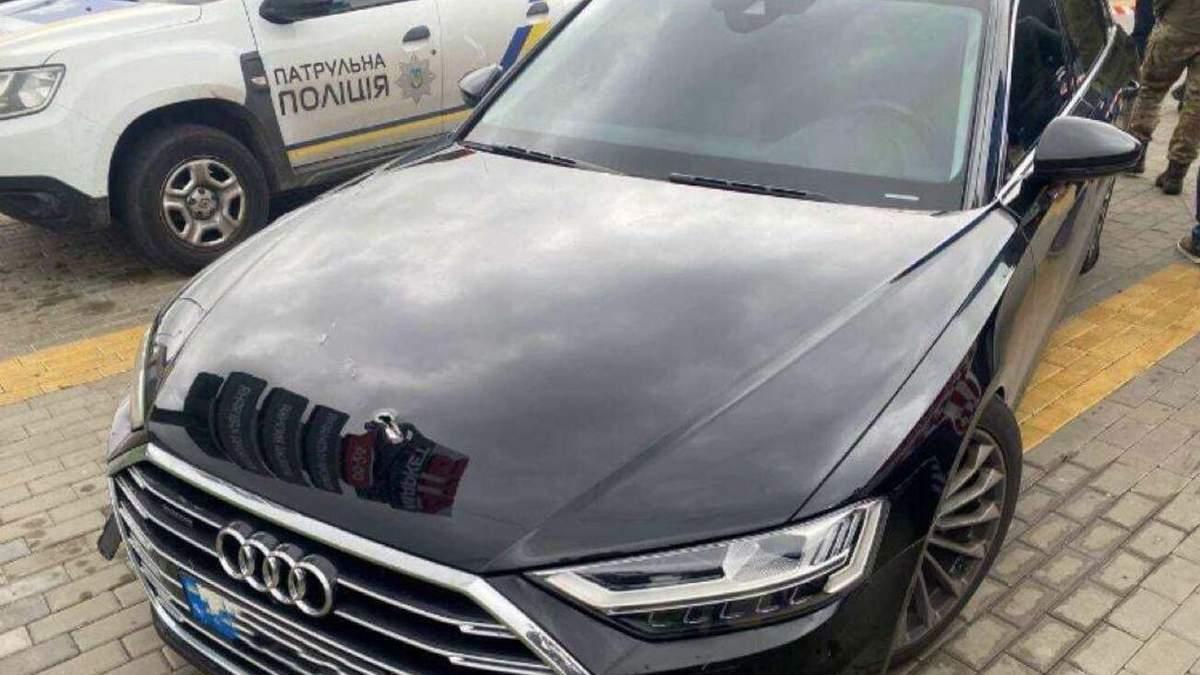 В авто Шефіра випустили понад 10 куль: поліція оголосила спецоперацію - Найсвіжіші новини - 24 Канал