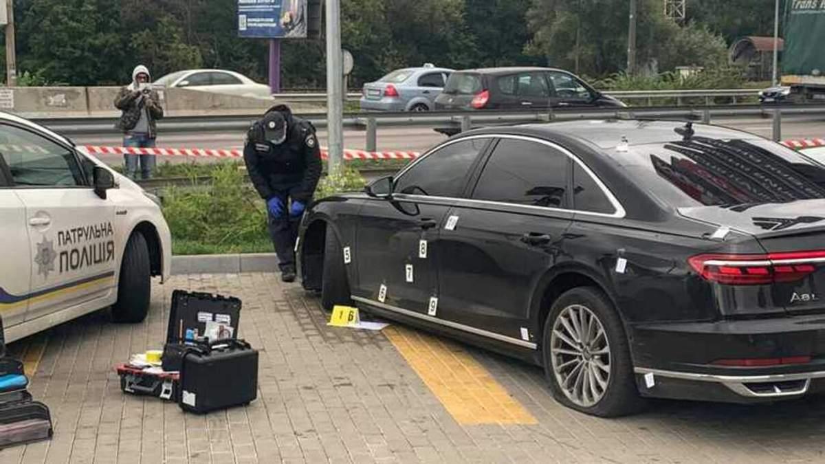 Подоляк розповів, чому стрілок влучив лише у водія автомобіля Шефіра - 24 Канал