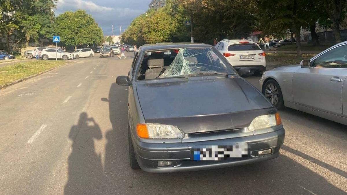 В Одесі підлітка збили на пішохідному переході: тілом вибив лобове скло - 24 Канал
