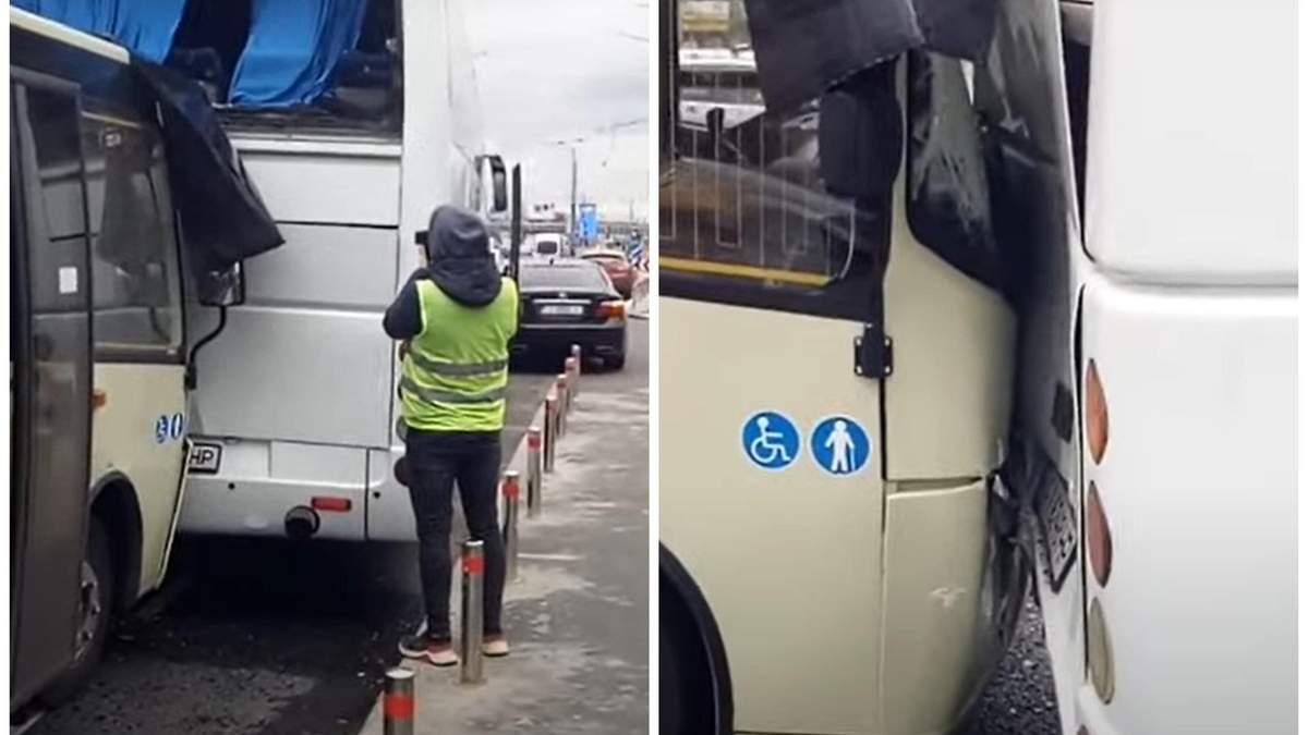 Натиснув на газ замість гальм: у Києві маршрутка врізалась в автобус - Новини Київ - Київ